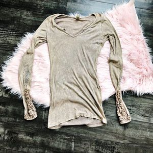 BKE Embellished Long Sleeve Top